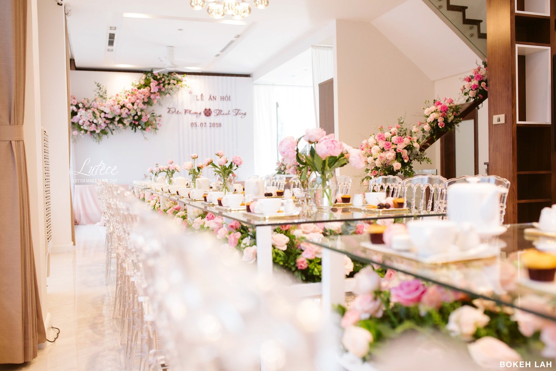 Cách trang trí tiệc cưới ngoài trời Hà Nội với những vật dụng đơn giản mà độc đáo
