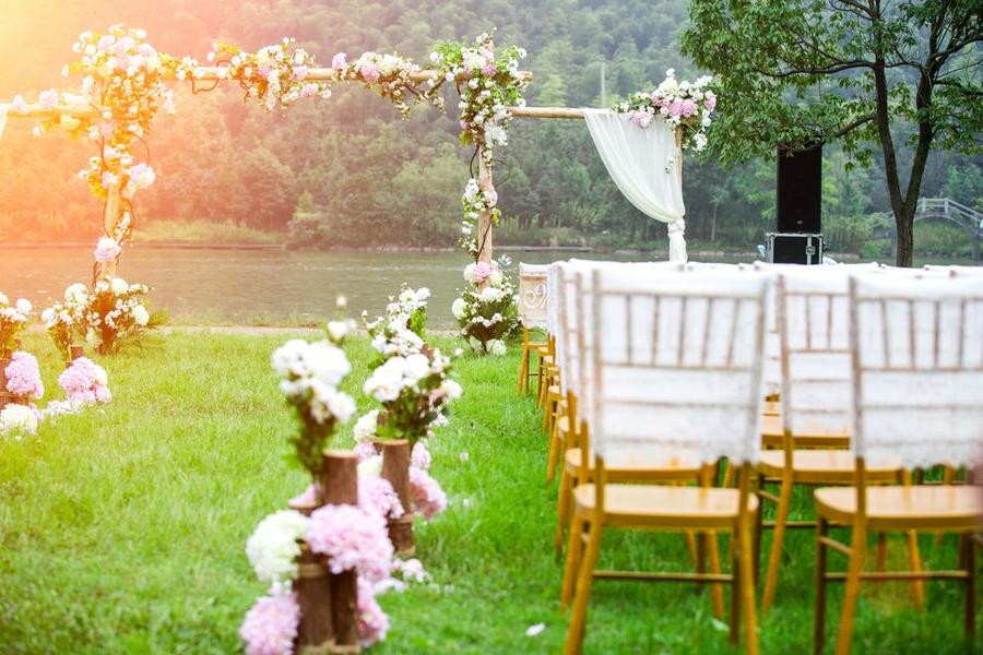 Tổng hợp những chi phí, mức giá tổ chức tiệc cưới Hà Nội